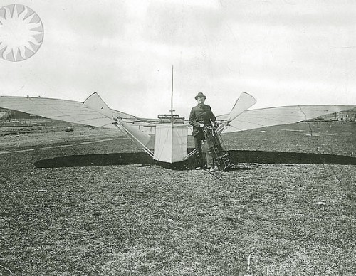Gustave Whitehead with his No. 21 flyer