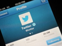 Twitter Cuts Off Vine App, Pornhub Offers To Buy It: Will Adult Site Buy Twitter Too?