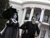 President Obama And First Lady Host Military Families For Halloween At White House