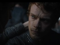 'Game Of Thrones' Season 7: Spoilers And Updates: New Image Teasers Shows Theon Greyjoy Mercilessly Beaten By Enemies, Will He Die?