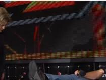 Shinsuke Nakamura and Samoa Joe sign their TakeOver: Toronto contract: WWE NXT, Nov. 9, 2016
