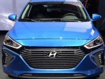 Hyundai News And Update: 2017 Ioniq Hybrid Blue Is Coming As Most Fuel-Efficient Car In US