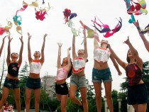 Volunteers Throw Up Bras To Appeal Attention To Breast Health In Hangzhou