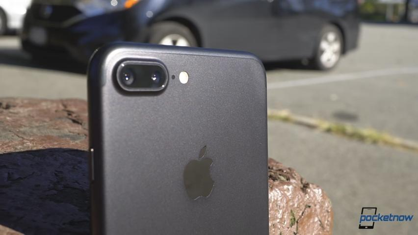 iPhone 8 Update: Apple's Anniversary iPhone To Feature Larger Curved Display Plus Updated Specs