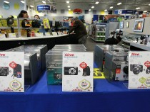 Retailers Offer Holiday Discounts Ahead Of Black Friday