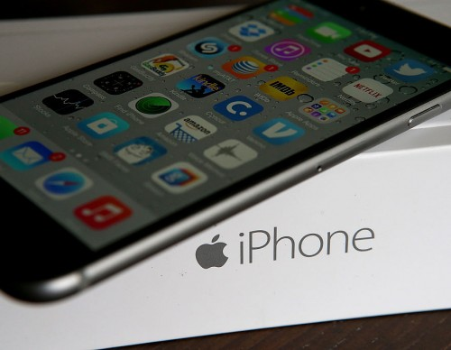 Apple iPhone Manufacturing Partners To Explore The U.S.