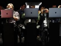 Apple Laptops On Display
