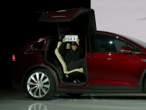 Tesla Model X Just Got Served By Consumer Reports, It's Pretty, Is That It?