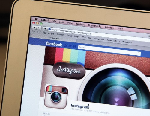 Instagram Takes Notes From Facebook: Liking And Disabling Comments