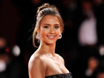 Jessica Alba's Leaked Sex Tape' Used By Scammers In Facebook As Clickbait