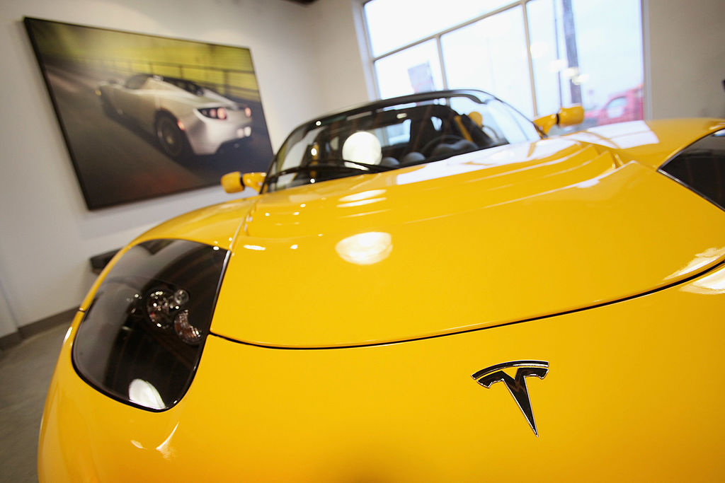 Chevy Versus Tesla: Who Will Reach The Spot For Americas Top Electric Car