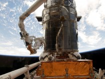 Space Shuttle Atlantis To Repair Hubble Space Telescope