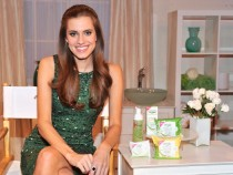 Allison Williams Announced As Face Of Simple Facial Skincare