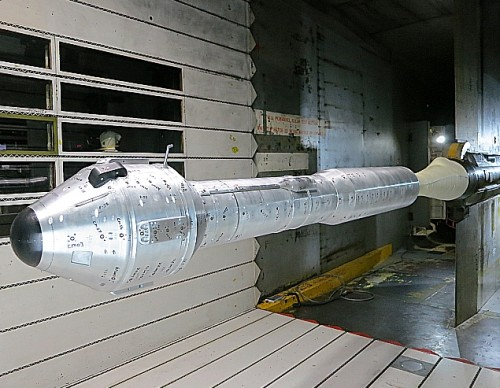 CST-100 scale model wind tunnel test