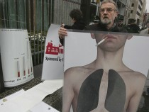 Germany Discusses Smoking Ban in Restaurants And Bars