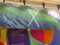 OS X 10.9 banner decks the hall of Moscone Center (West)
