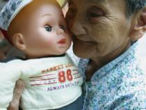 Elders Suffering Senile Dementia Receive Treatment At Cihui Rehabilitation Center