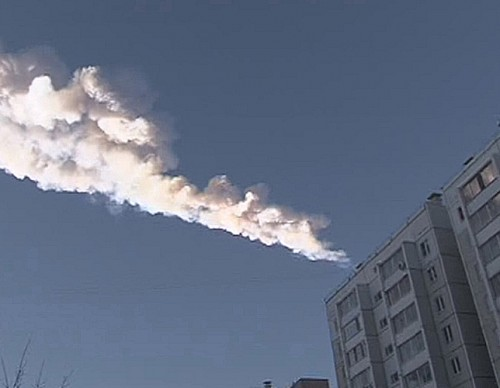 Chelyabinsk meteor trail