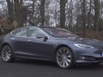 Tesla's Model S P100D With Ludicrous Mode Sets Acceleration Record