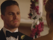 Arrow | A Sneak Peek at Arrow Season 5