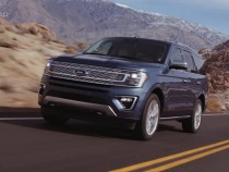 2018 Ford Expedition Review: An SUV, A Minivan And A Tow Truck In One Package