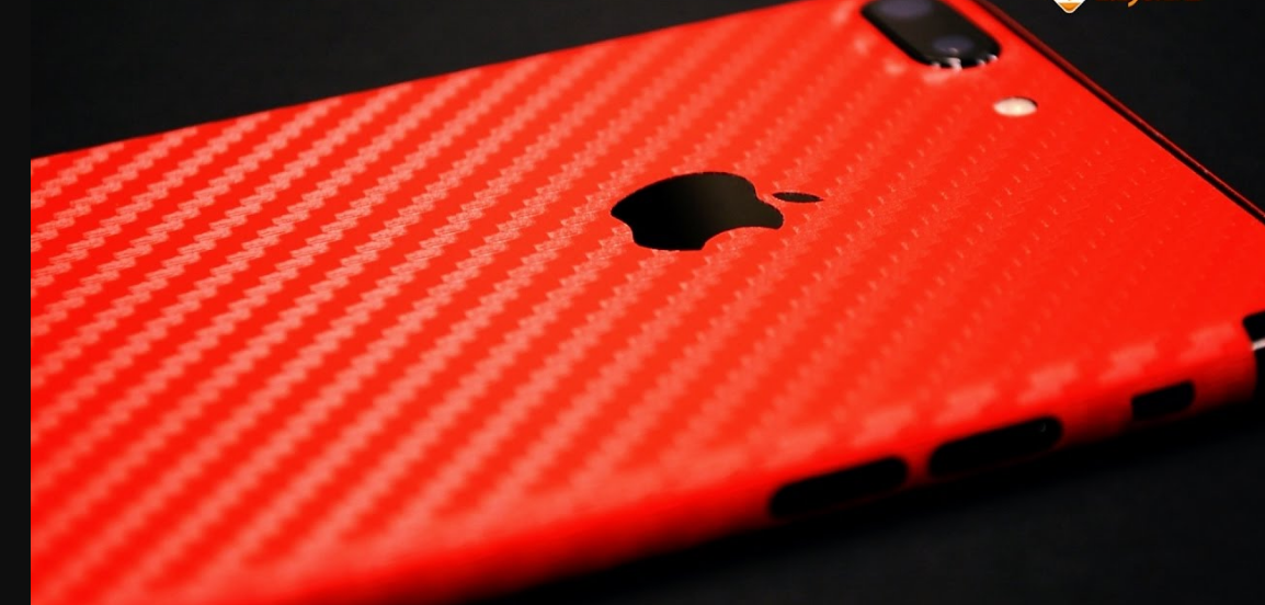 Apple Will Unveil Red iPhone 7 And 10.5-inch iPad Pro Next Month