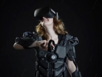 Hardlight VR Suit Lets You Feel Punches, Gunshots and Even the Rain On Your Skin