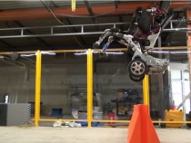 Boston Dynamics Unveils A Rolling Robot With NBA-Calibre Hops