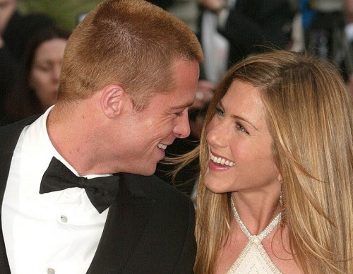 Brad Pitt and Jennifer Aniston 'Have Been in Touch' Amid His Divorce: 'They're Friends'
