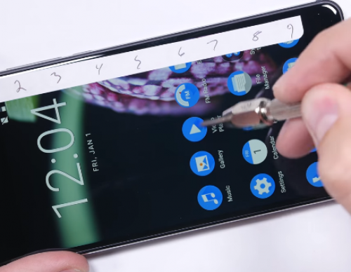 Nokia 6 Torture Test Shows Phone's N3310-level Durability