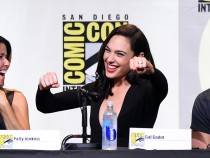 Wonder Woman Criticized For Not Having Armpit Hair Thanks To Photoshop, Realism Sacrificed