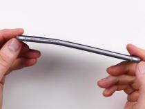Bent iPhone 6 Plus (video screenshot)