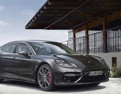 2018 Porsche Panamera Turbo S E-Hybrid Gives Hybrid Cars Much Elegance