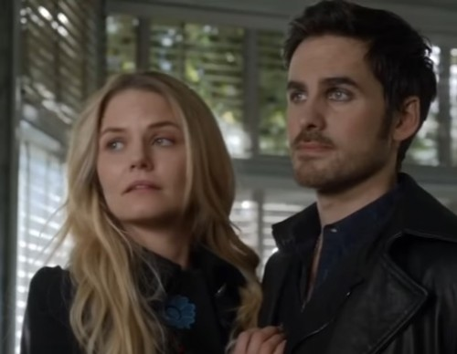 Emma Swan And Captain Hook Trying To Convince Snow White About The Wedding Location.