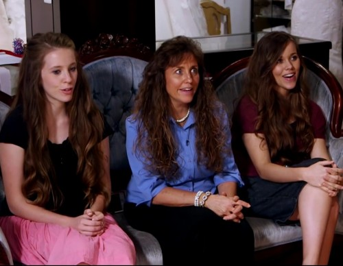 Duggar Family 'Counting On' Season 3 In The Works? For Release in Summer 2017?