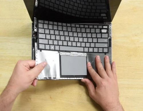 Microsoft Surface Laptop and Surface Pro Deemed As A 'Glue-filled Monstrosity', Proves They're Nearly Impossible To Repair