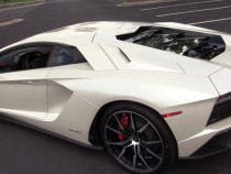 The New Aventador S Is Lambhorgini's Most Fun Supercar Ever