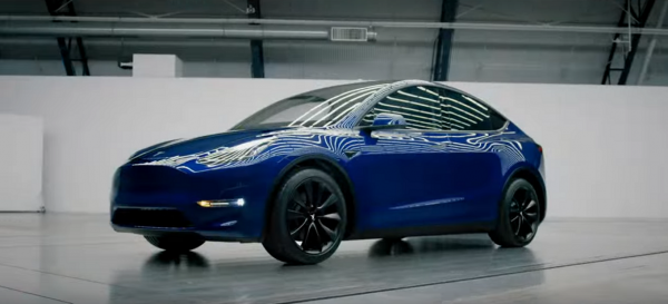 Tesla Model 3 Owner Spots Tesla Model Y in Real Life Traffic