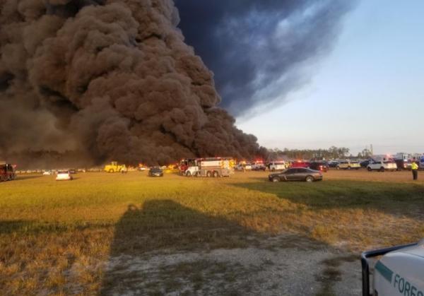 [BREAKING] Florida Fire Destroys 3,500 Cars at Southwest Florida International Airport Amidst Coronavirus
