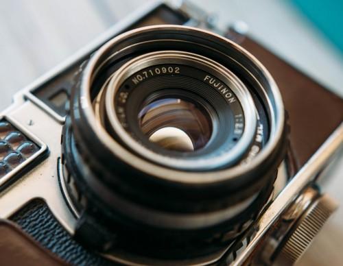 Mirrorless Camera Market Crashing