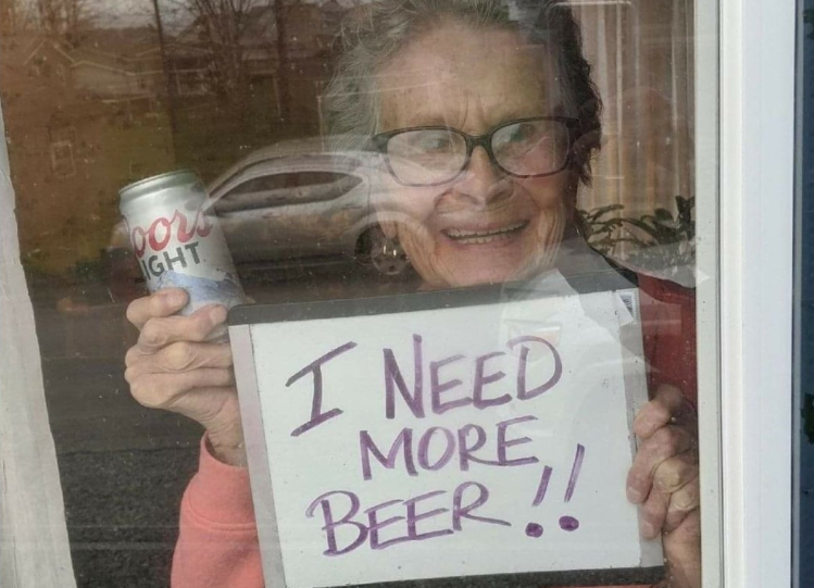 """""""I NEED MORE BEER!!"""" 93-Year-Old Given 10 Cases of Coors Light Beer after Going Viral With Beer Sign"""