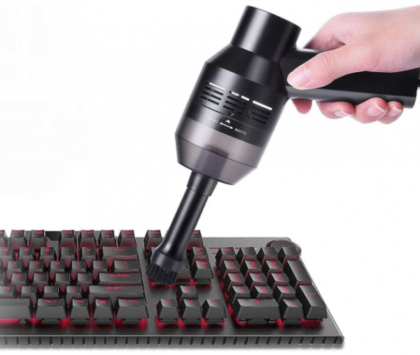 [Digital Nomad Essentials] Clean Your Keyboard with a Portable Mini Vacuum