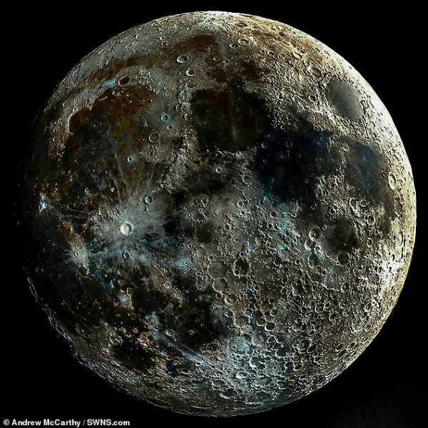 Clear image of the Moon