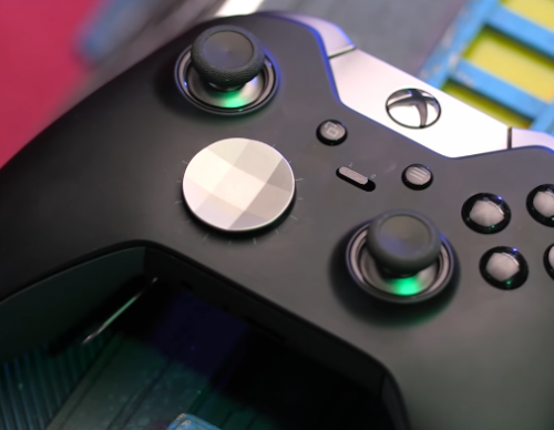 Is the $149.99 Xbox Elite Wireless Controller Better Than the PS5 Controller?