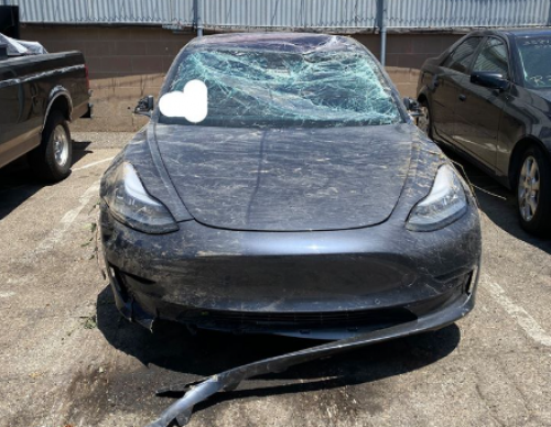 Tesla Saves Lives: Here's How an Electric Car Accident Could Have Ended up in Serious Damage