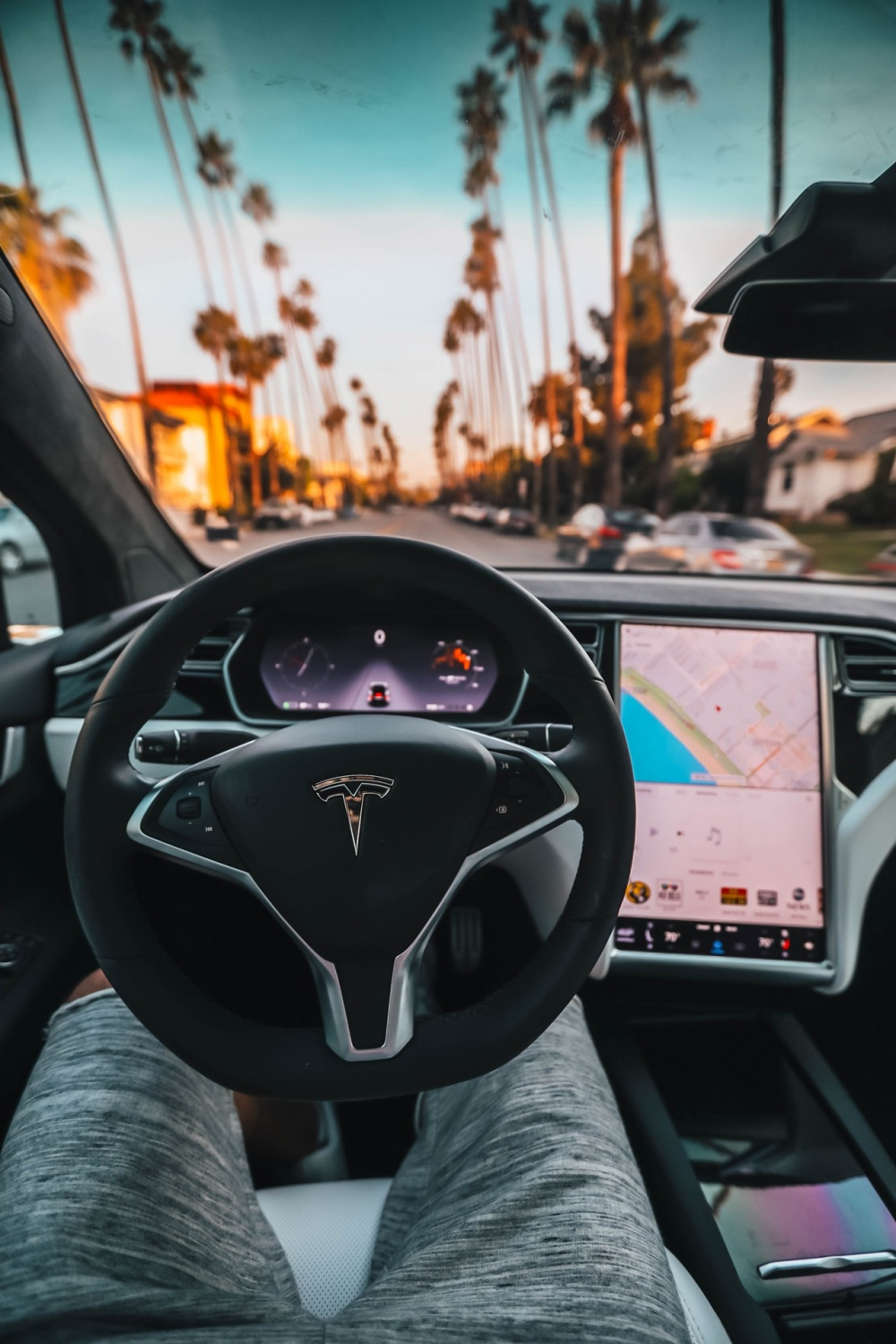 Tesla Offers Autopilot at $1,000 Discount For a Limited ...