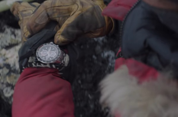 Mads Mikkelsen wearing the Seiko Sportura in Arctic