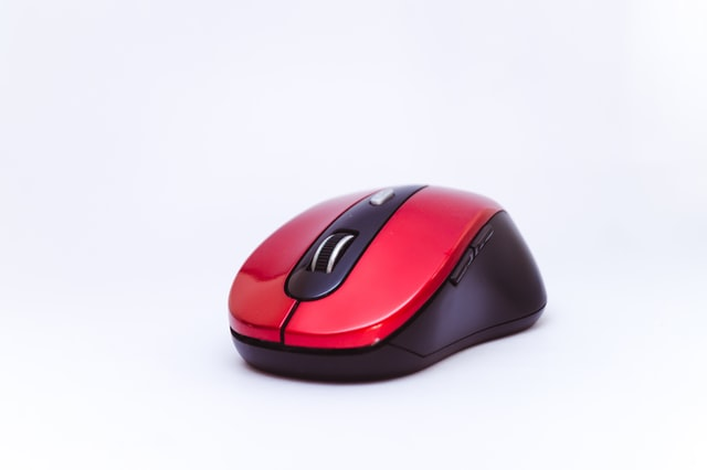 There's Now a Gaming Mouse for Cooling Sweaty Palms