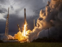 SpaceX successfully makes 100th Rocket launch