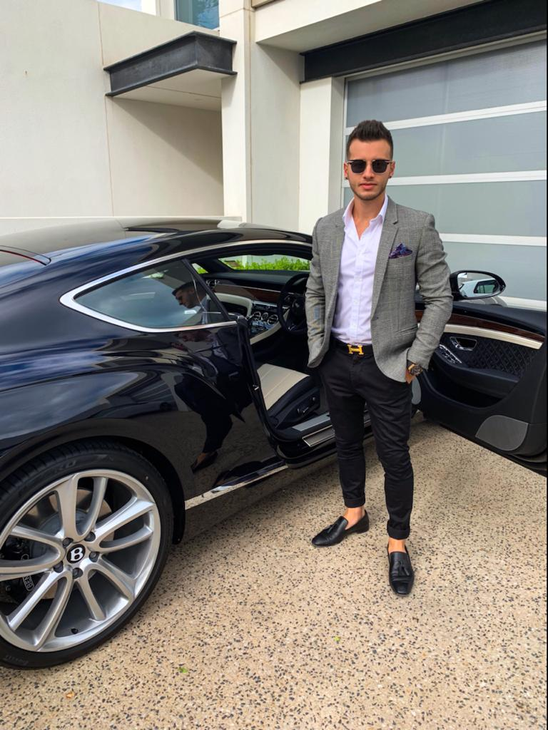 Entrepreneur Andrew Hristo Travels The World While Running His Online Businesses